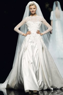 Wedding Dress M_178
