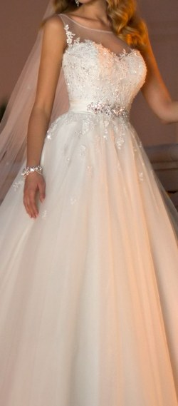 Wedding Dress M_1350