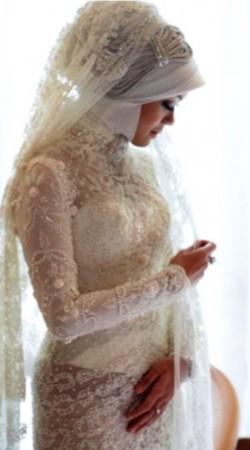 Wedding Dress M_1570
