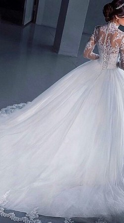 Wedding Dress M_1689