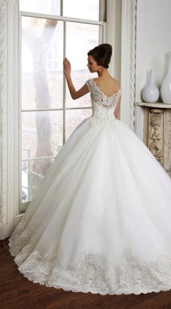 Wedding Dress M_1911