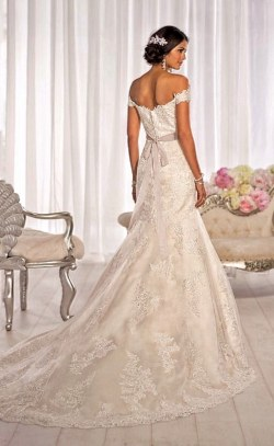 Wedding Dress M_2120