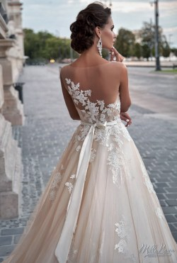 Wedding Dress M_2167