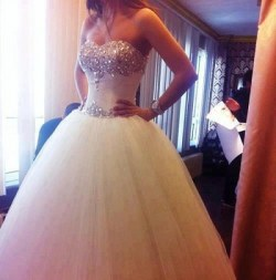 Wedding Dress M_665