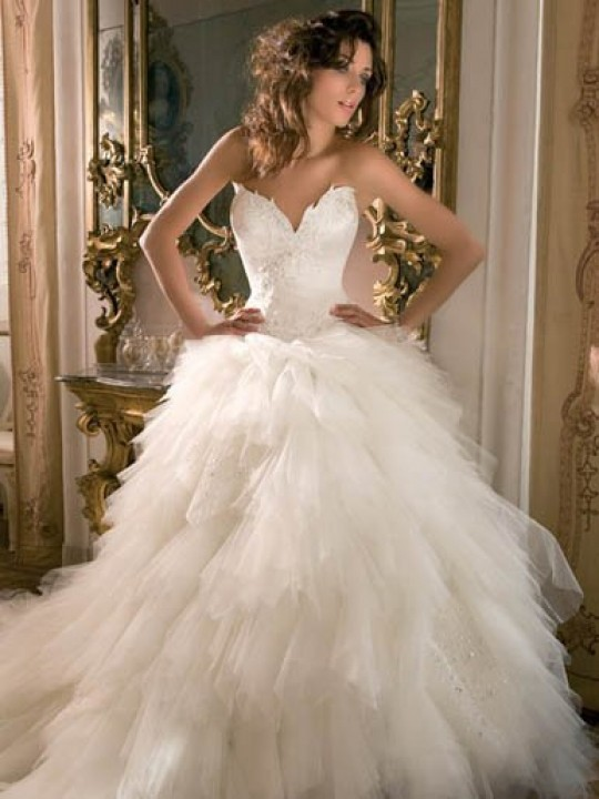 Ball Gown and Strapless Straight Wedding Dress M-216