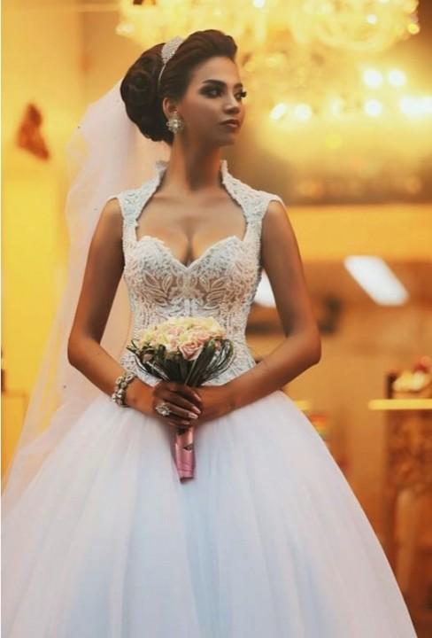 Ball Gown and Veil Wedding Dress M-1634