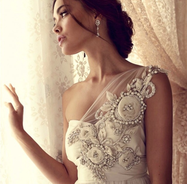 Sheath and One Shoulder Wedding Dress M-1650