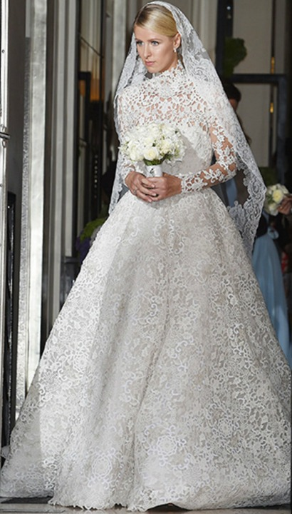 Lace, Veil, A-Line and Sleeves Wedding Dress M-1808