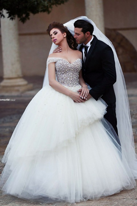 Ball Gown, Low Shoulder, Pearls - Crystal Stones on, Fluffy and Tulle Wedding Dress M-1974