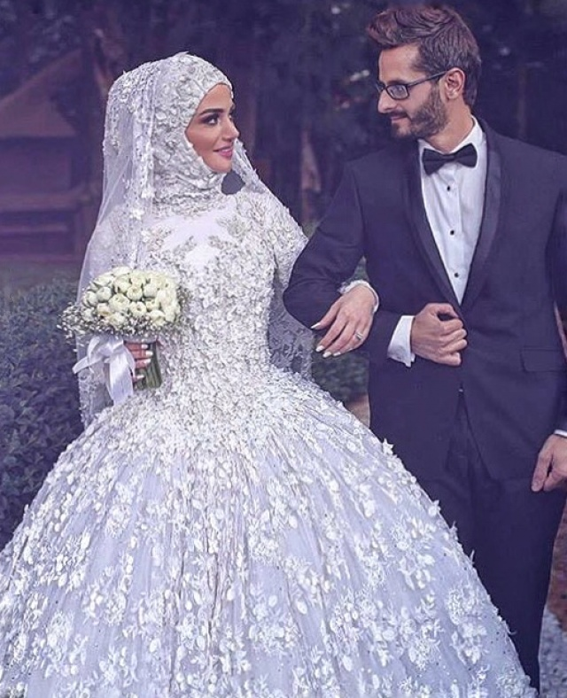 Ball Gown and Hijab Wedding Dress M-2146