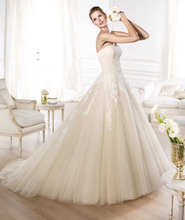 A-Line and Strapless Sweetheart Wedding Dress M-699