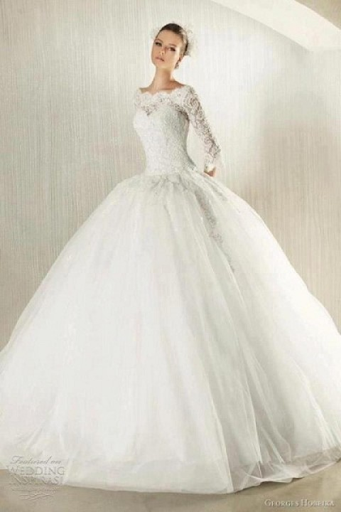 Ball Gown, Lace, Sleeves and Off The Shoulder Wedding Dress M-1424