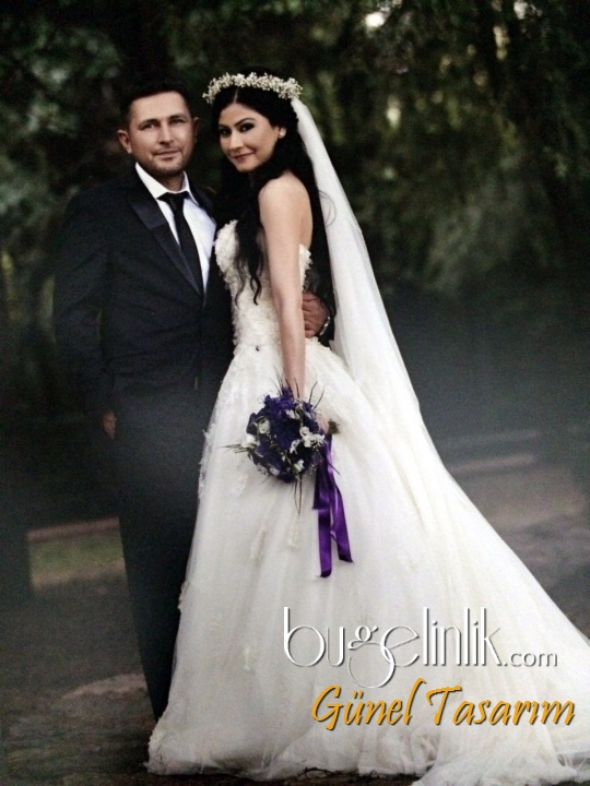 Wedding Dress B_512